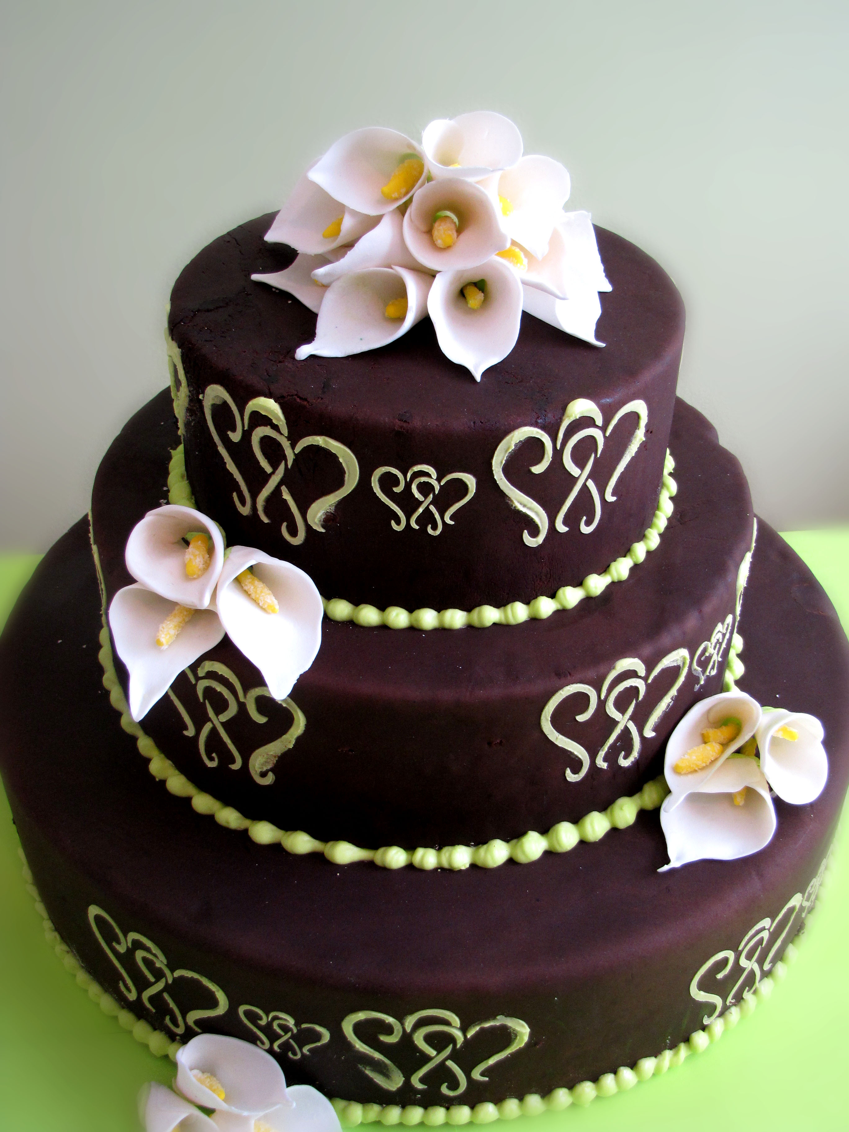 Green And Brown Living Room Decor: Cakes - Hearts On Pinterest